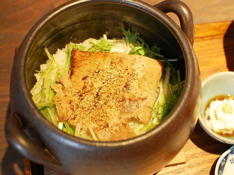 萬古焼(ばんこやき)土鍋ご飯 Mama-ru 柔らかトントロの土鍋ご飯